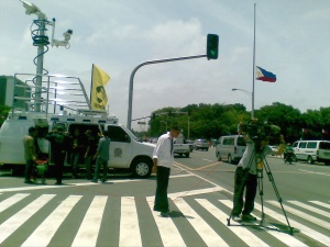 ABS-CBN stops at Luneta to cover Cory Aquino's funeral procession (Shot by Anjo Bagaoisan)
