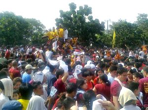 Feast of the Black Nazarene procession passes through P. Burgos Avenue in Manila. Taken by Andrew Jonathan Bagaoisan.
