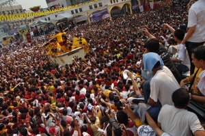 Devotees of the Black Nazarene on its Feast Day in Quiapo church, taken by stoicclown in 2008