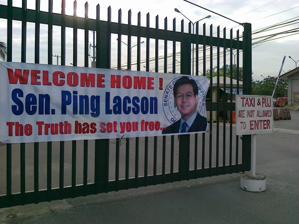 Poster for Panfilo Lacson's return at the Senate, March 28 Shot by Anjo Bagaoisan