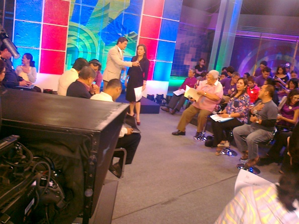 Julius Babao and Karen Davila hosting Harapan RH Bill Ipasa o Ibasura at ABS-CBN (Shot by Anjo Bagaoisan)