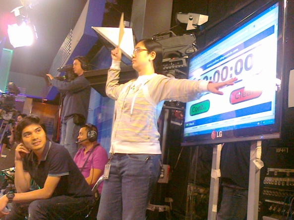 Timer runs out at ABS-CBN Harapan Studio (Shot by Anjo Bagaoisan)