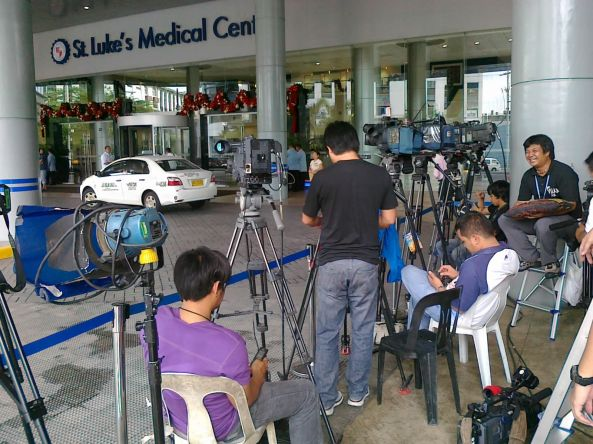Media waiting outside St Luke's Medical Center in Taguig City