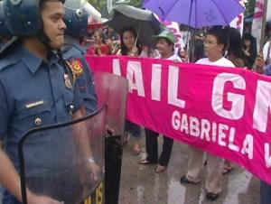Dec 9 Lipat GMA VMMC anti-Gloria & police Shot by Gomer Diaz