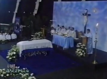 Screenshot of Rico Yan memorial service in 2003 (c/o ABS-CBN)