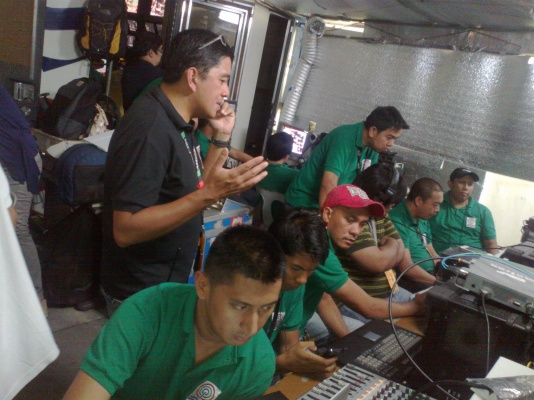ABS-CBN News mini-control studio outside Senate during impeachment verdict (Shot by Anjo Bagaoisan)