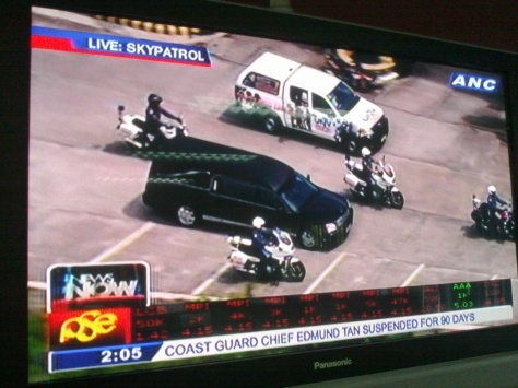 ANC live shot via Sky Patrol of Dolphy's remains being brought to Paranaque, July 11, 2012 (Shot by Anjo Bagaoisan)