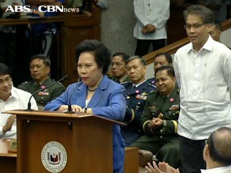Sen. Miriam Defensor-Santiago withdraws her objection to Mar Roxas's confirmation as Interior Secretary (Shot Sept 19, 2012 by Marco Gutierrez, ABS-CBN News)