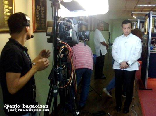Sen. Antonio Trillanes on standby for TV Patrol live interview (Shot Sept 19, 2012 by Anjo Bagaoisan)