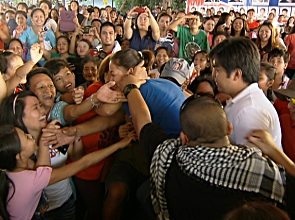 Fan kisses Jodi at Imus Shot by Angel