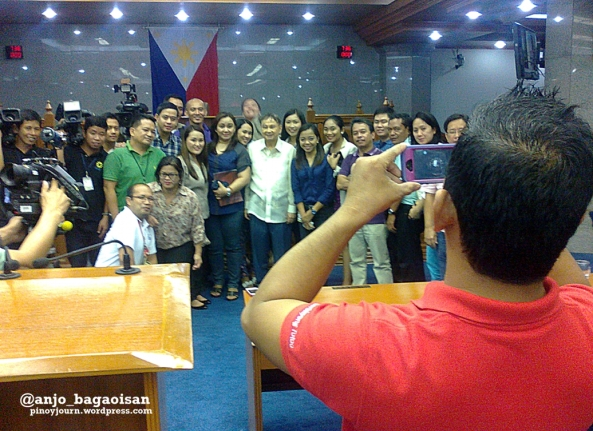 Senate reporters pose for a picture with outgoing Senator Joker Arroyo on his last day. (Shot June 6, 2013 by Anjo Bagaoisan)