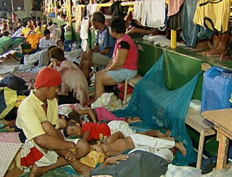 Balagtas, Bulacan - Evacuees on their fifth day unable to return home. (Shot by Gani Taoatao)