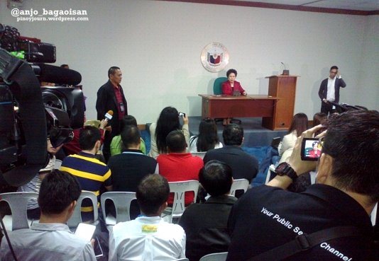Sen. Miriam Defensor-Santiago holds a press conference after interrogating Janet Napoles  (Shot Nov 7, 2013 by Anjo Bagaoisan)