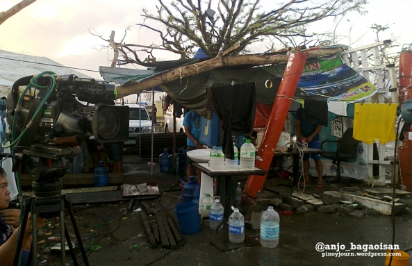 ABS-CBN camera and make-shift kitchen setup at the Tacloban City Airport (Shot by Anjo Bagaoisan)
