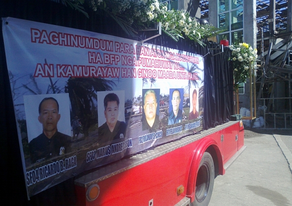 Leyte firefighters who died on duty during Typhoon Yolanda: SFO4 Ricardo Raga, SFO3 Marius Andre Sison, FO2 Rolando Cinco, FO1 Felix Miranda, and FO1 Melquiades Baguio. (Shot by Anjo Bagaoisan