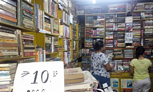 Second hand used books sold at Juleric Bookshop in Guadalupe Commercial Building in Makati