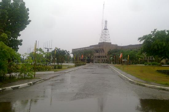 Isabela Capitol just after Chedeng landfall (Shot by Anjo Bagaoisan)