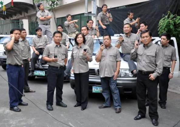 DZMM Radyo Patrol reporters posing for a station ID shoot in 2010.