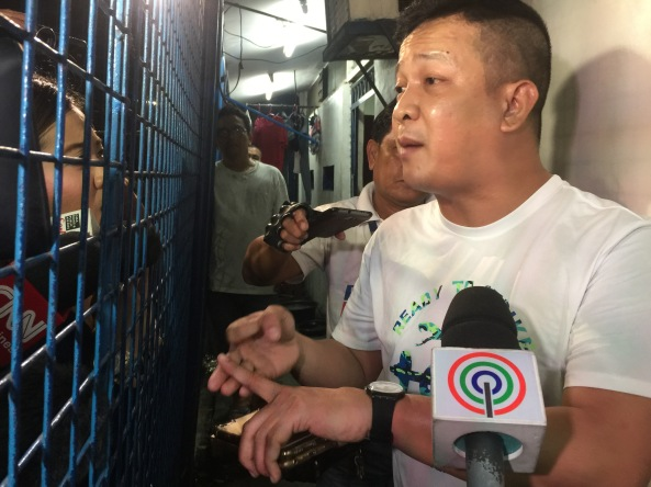 MPD Station 1 commander Supt. Robert Domingo talks to reporters after the discovery of the alleged secret jail cell inside his station in Tondo Manila. (Shot by Anjo Bagaoisan)