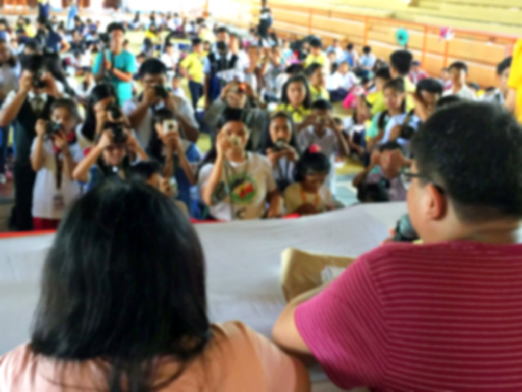 Campus journalism contestants cover a mock press conference in Oriental Mindoro (Shot by Anjo Bagaoisan)